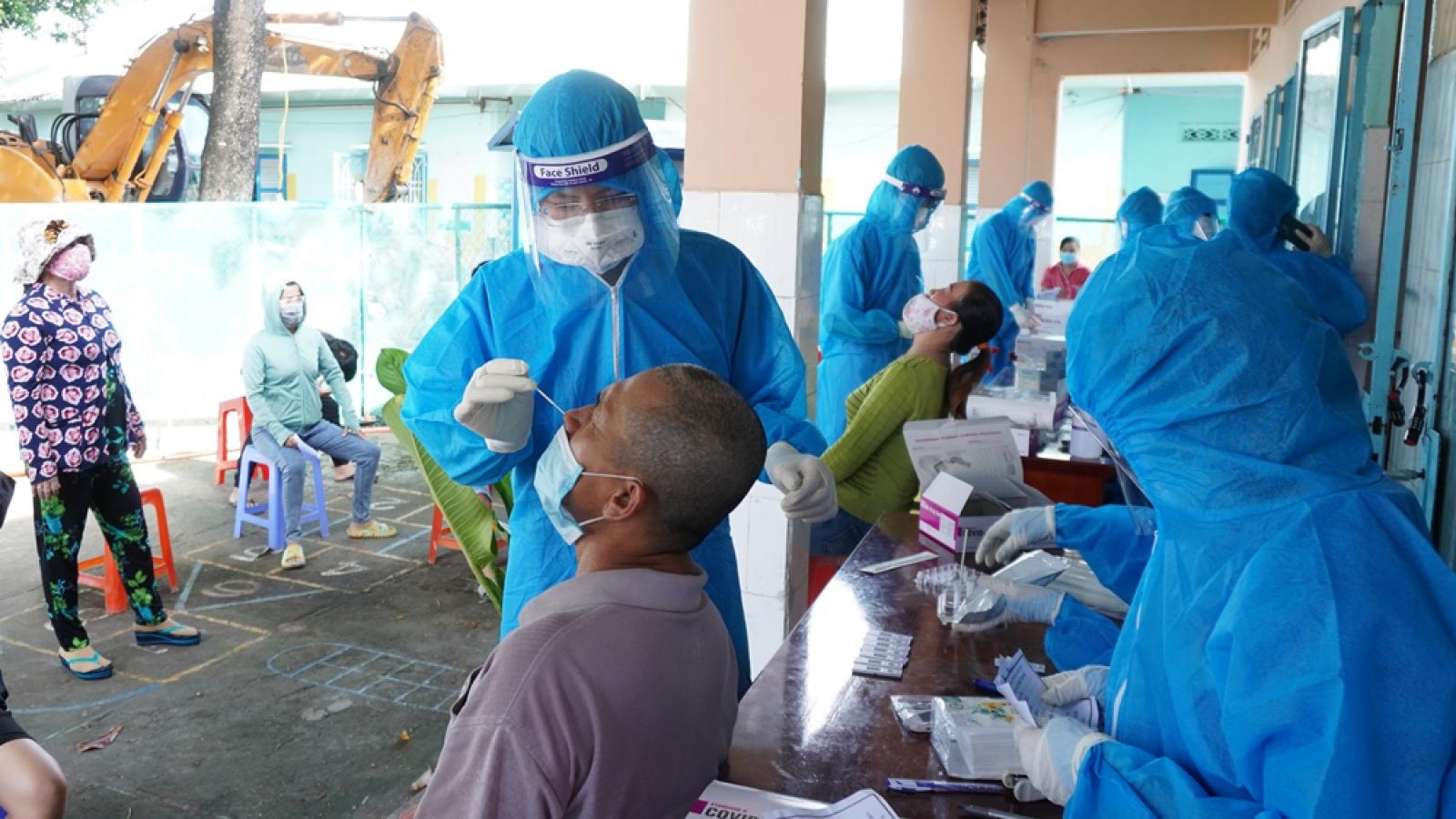 Bình Dương thêm 2 bệnh nhân Covid-19 tử vong, 64 ca mắc mới