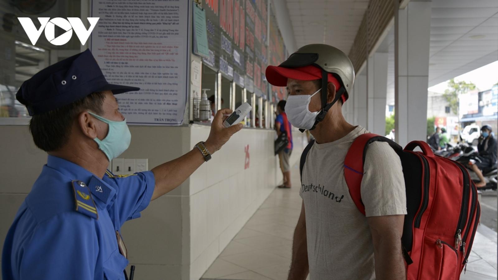 Bến Tre và Hậu Giang hỗ trợ người dân ở TP.HCM có nguyện vọng về quê hương