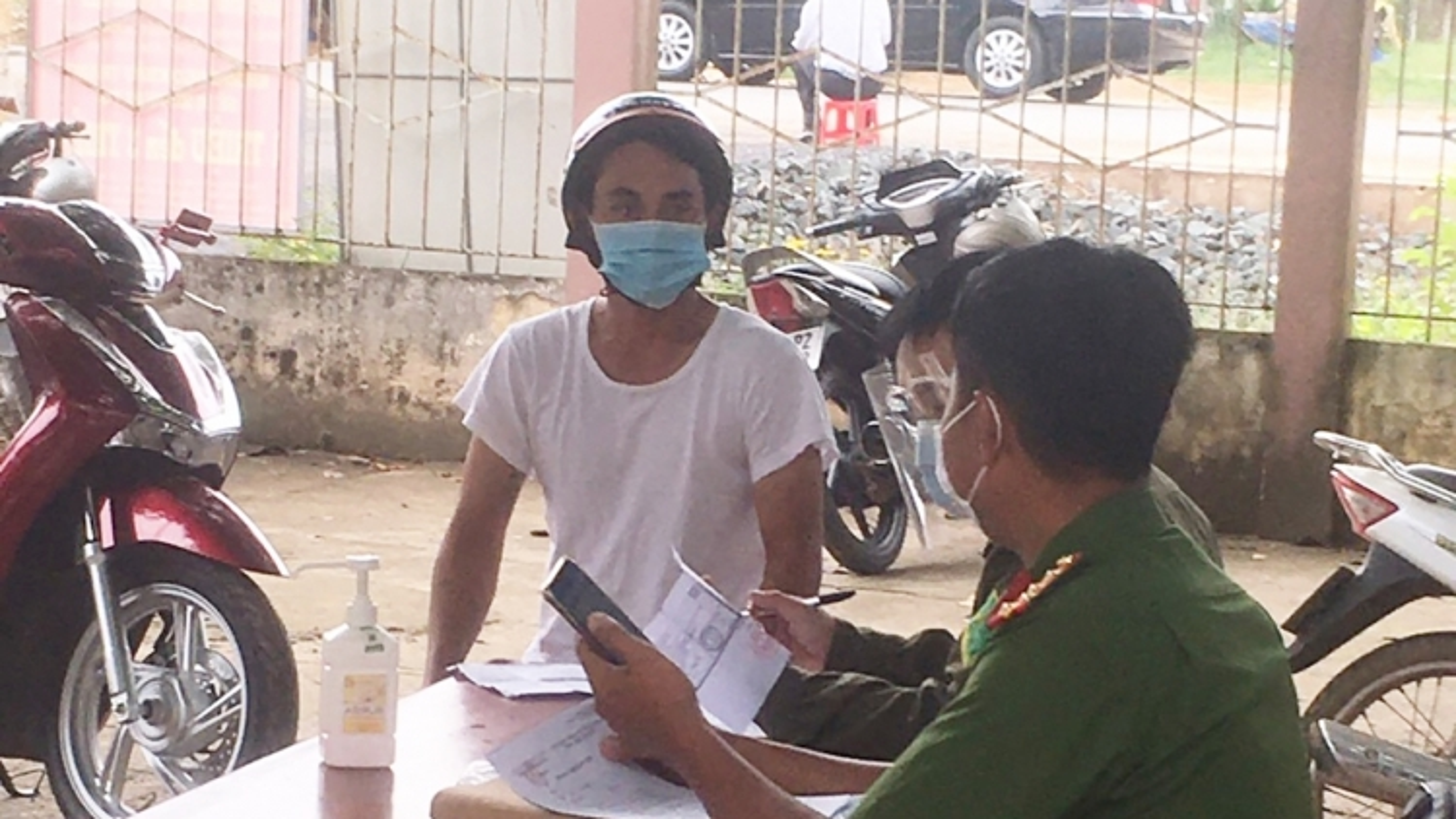 Tây Ninh xử phạt các trường hợp vi phạmChỉ thị 16 gần 600 triệu đồng