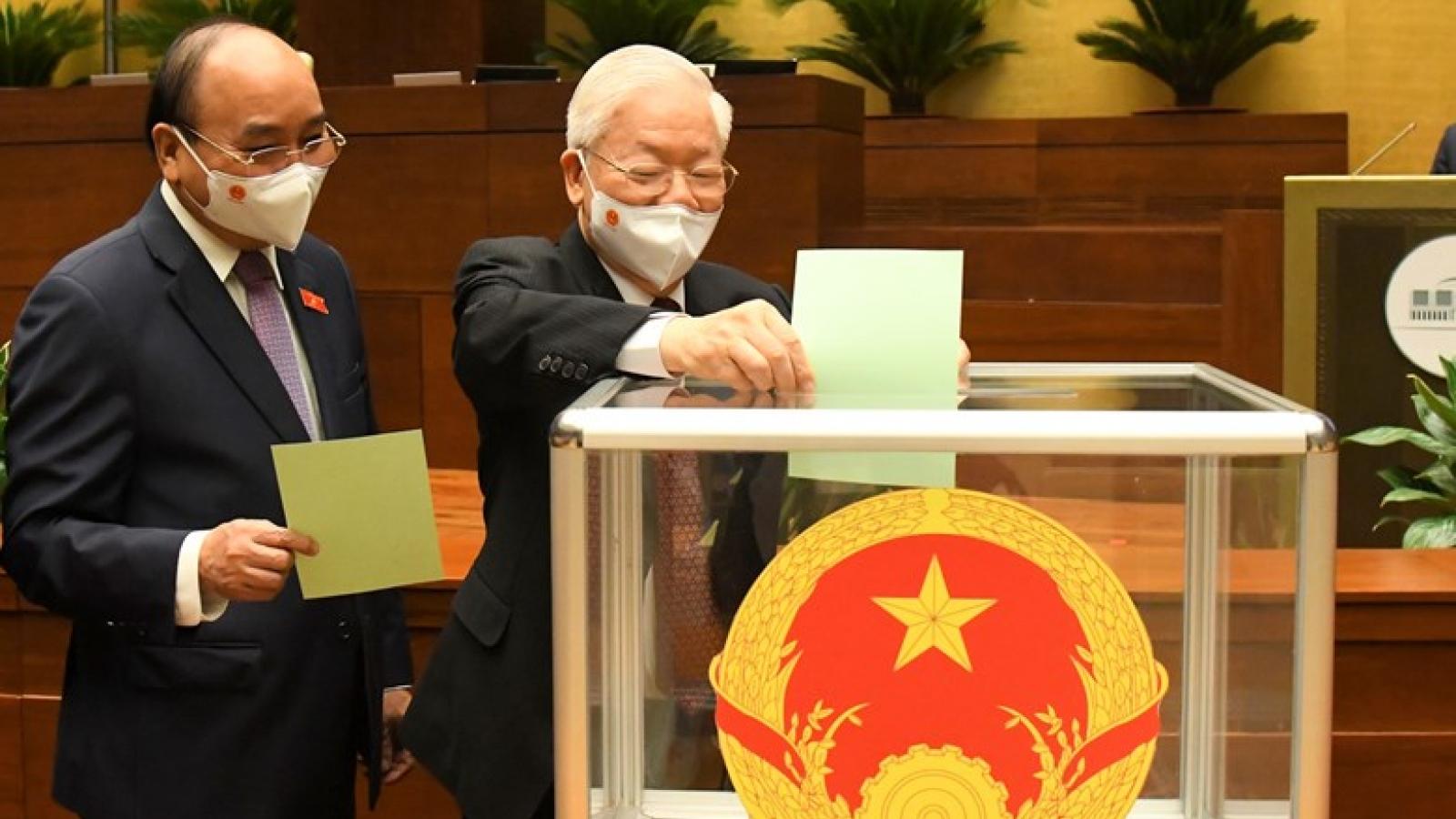 Quốc hội bầu 12 chức danh trong ngày làm việc thứ hai