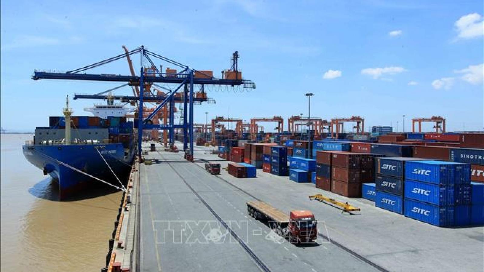 Chi phí logistics tăng cao ảnh hưởng đến giá trị thu về của doanh nghiệp và nền kinh tế