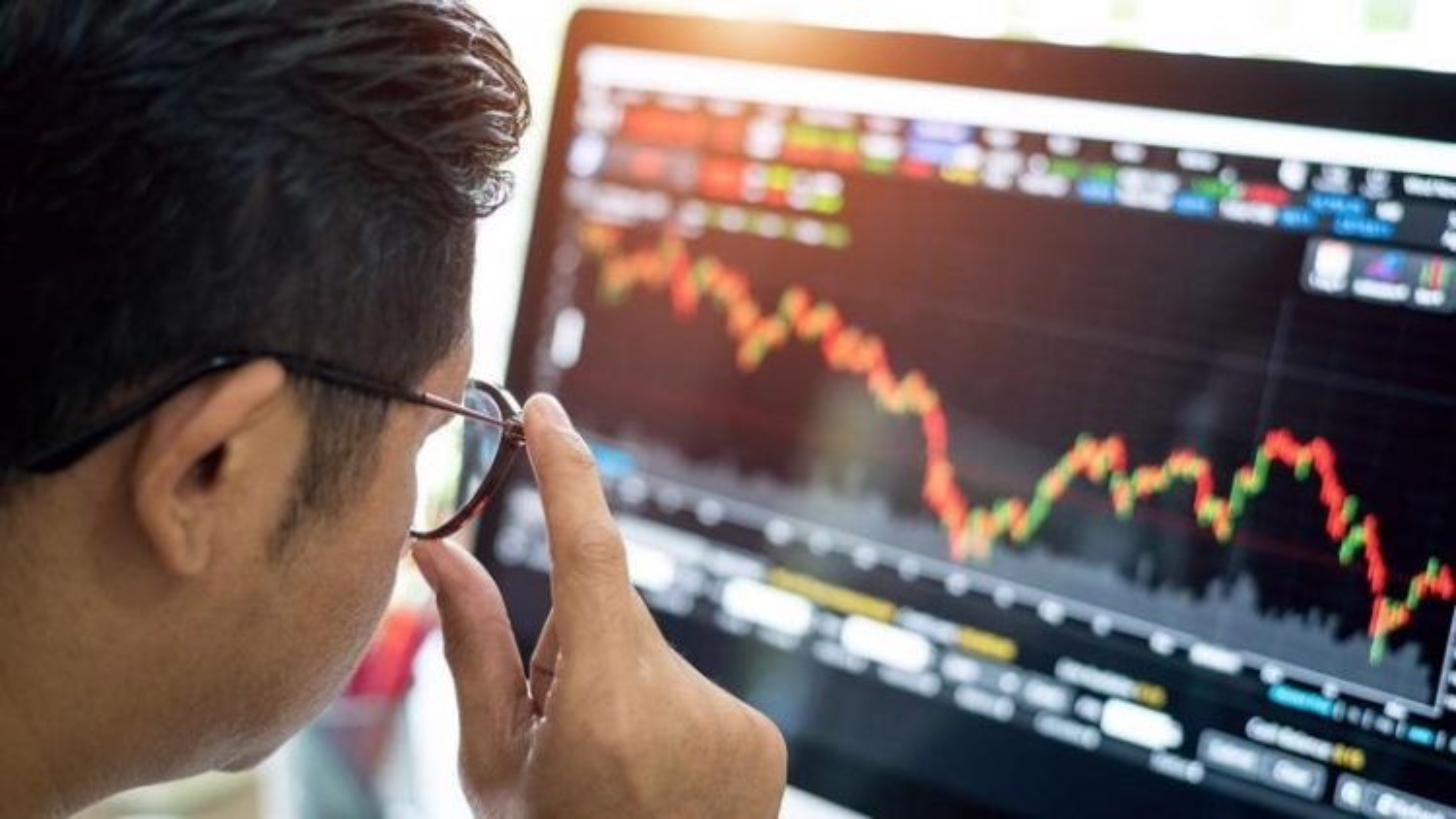 Thị trường chứng khoán có thể sớm xác lập vùng đáy ngắn hạn