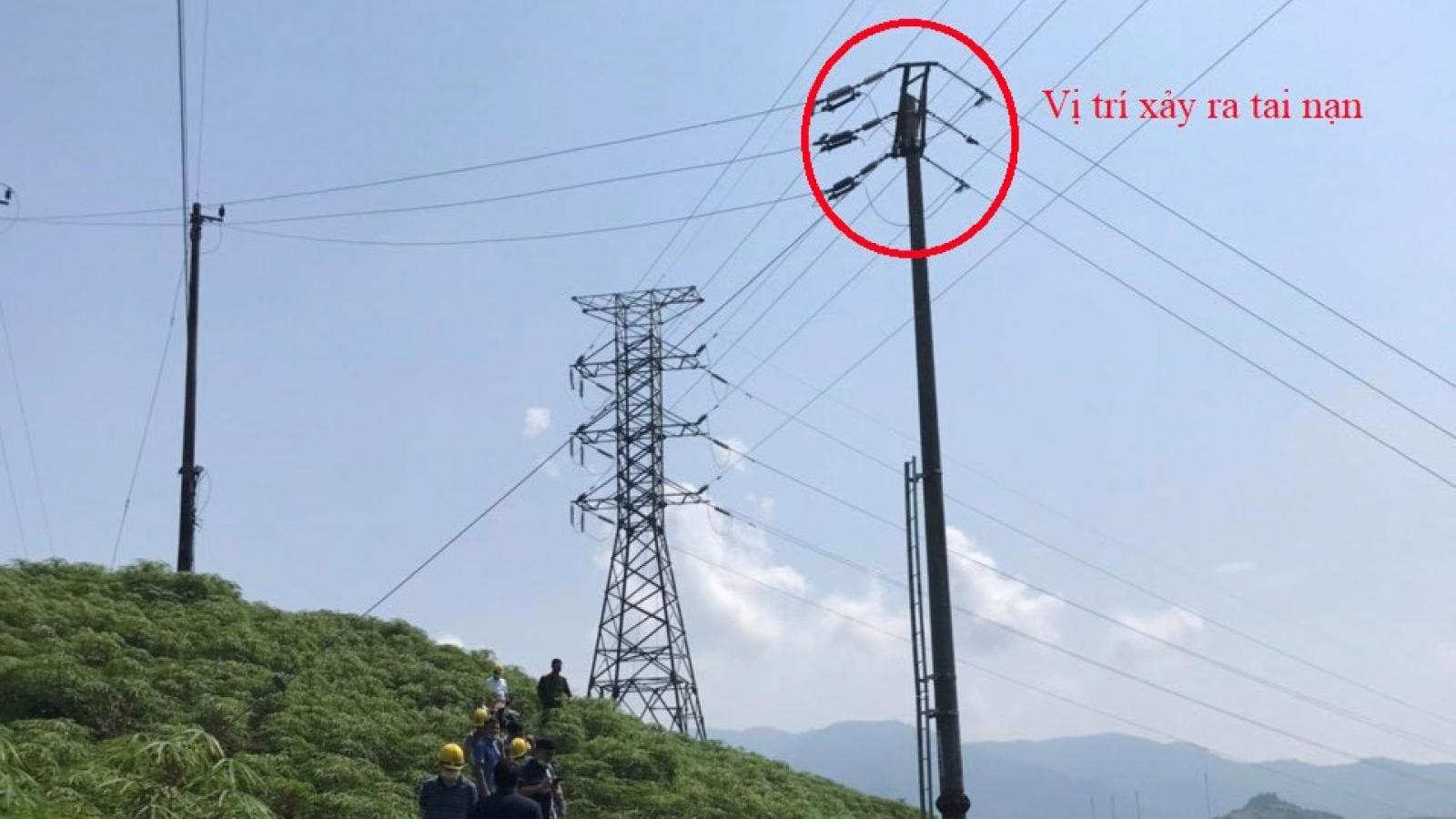 Xác minh nguyên nhân một nam giới tử vong trên cột điện ở Lào Cai