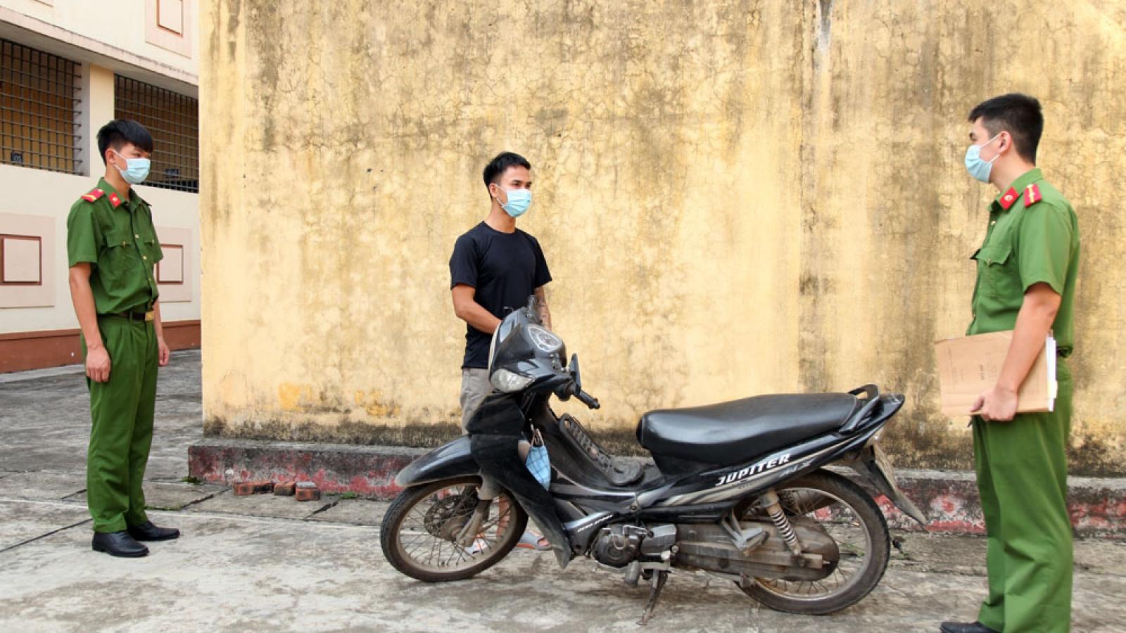 Thái Nguyên bắt giữ đối tượng thiếu nợ tiền đánh bạc gây ra nhiều vụ cướp giật tài sản