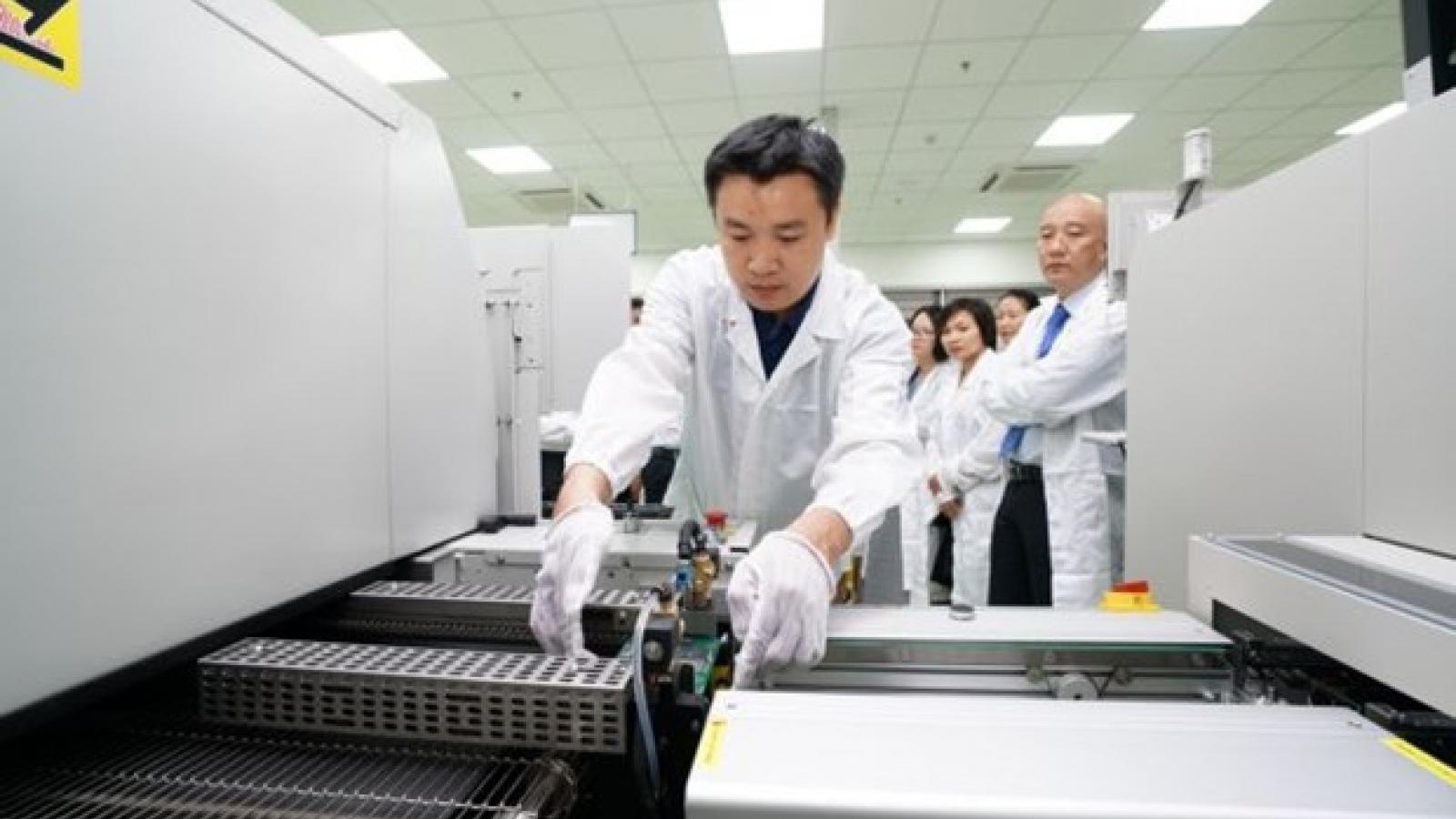 Da Nang lures investment despite COVID-19