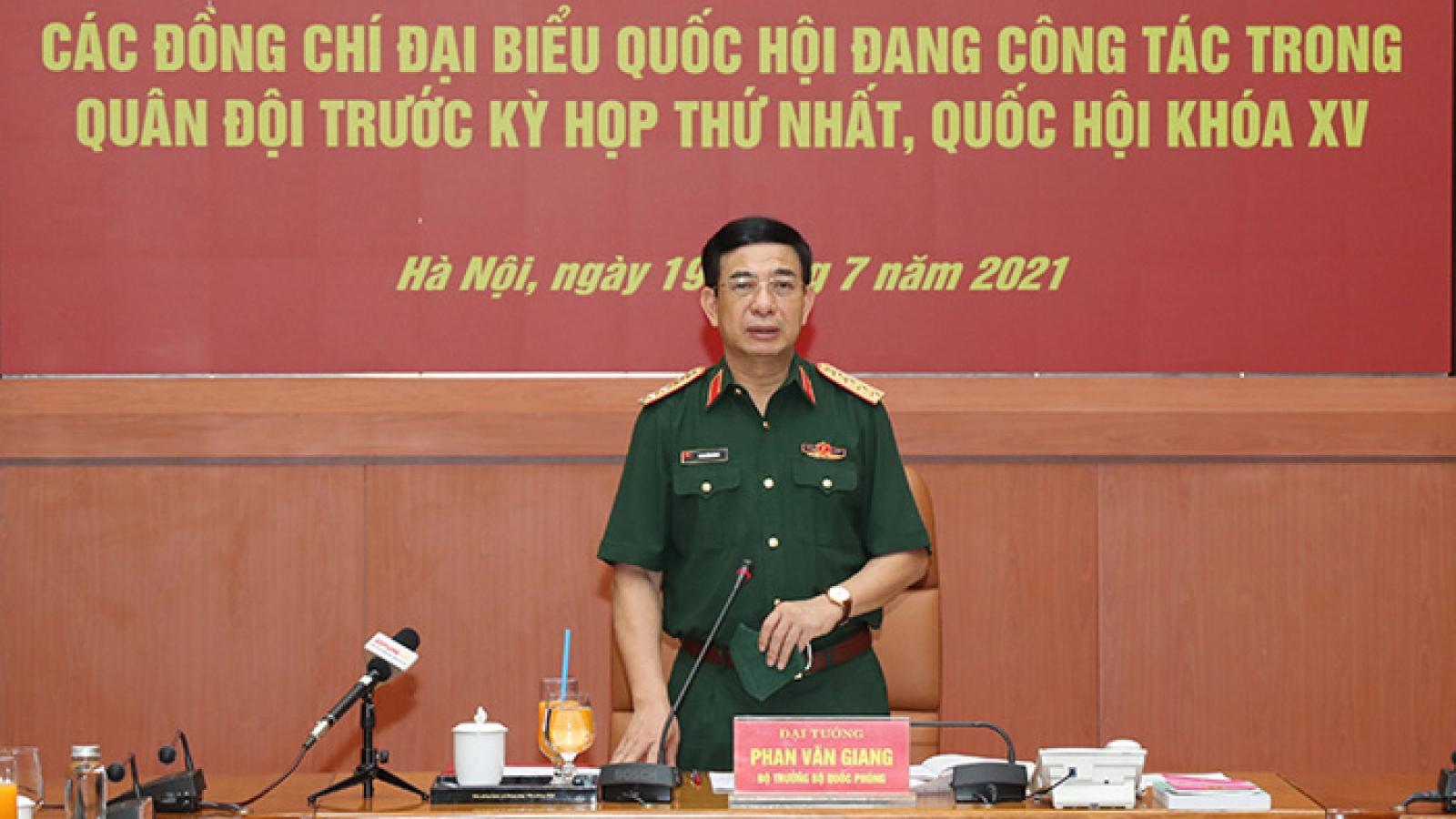 Bộ Quốc phòng gặp mặt các đại biểu Quốc hội công tác trong quân đội