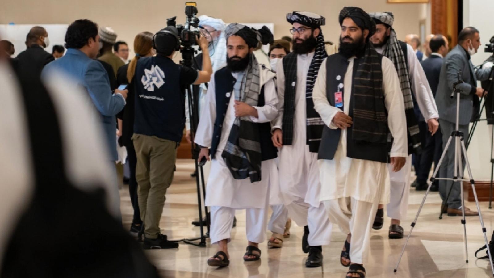 Chính phủ Afghanistan và Taliban khôi phục đối thoại ở Doha