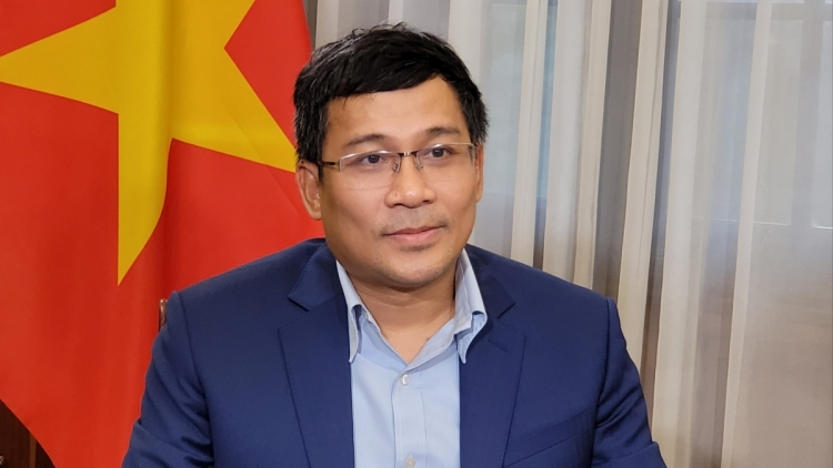 Vietnam strives to successfully realize vaccine diplomacy strategy