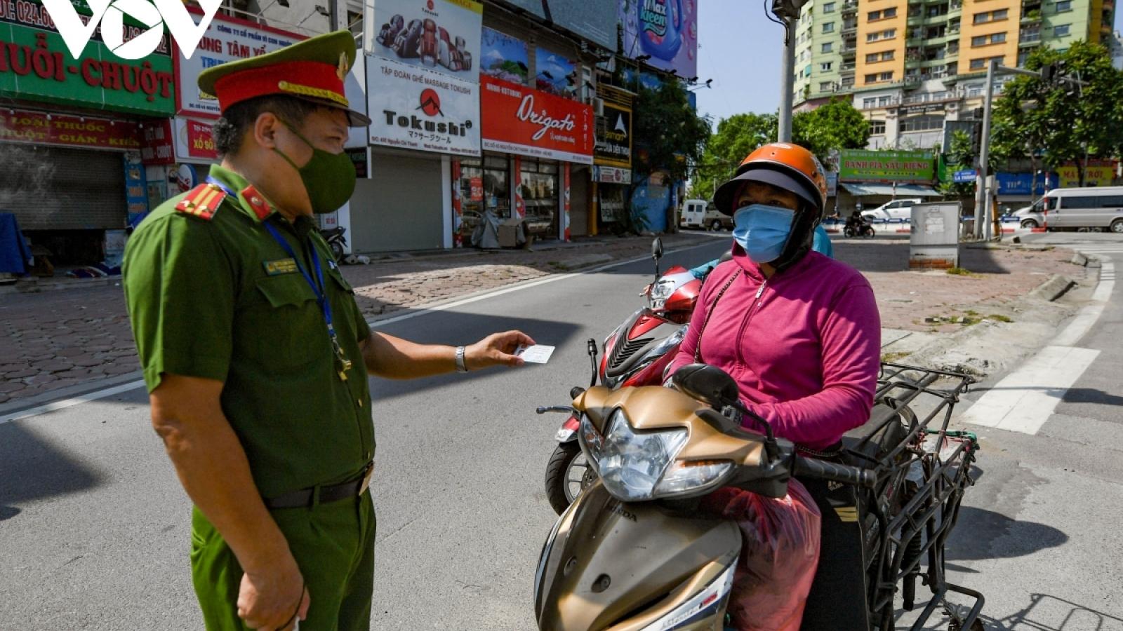 Ngày thứ 6 giãn cách xã hội, Hà Nội Xử phạt gần 500 trường hợp vi phạm chống dịch