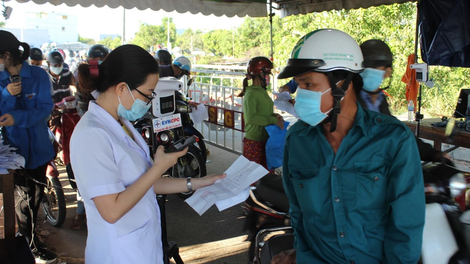 Nhiều biện pháp chung tay hỗ trợ công nhân, người lao động bị ảnh hưởng dịch bệnh