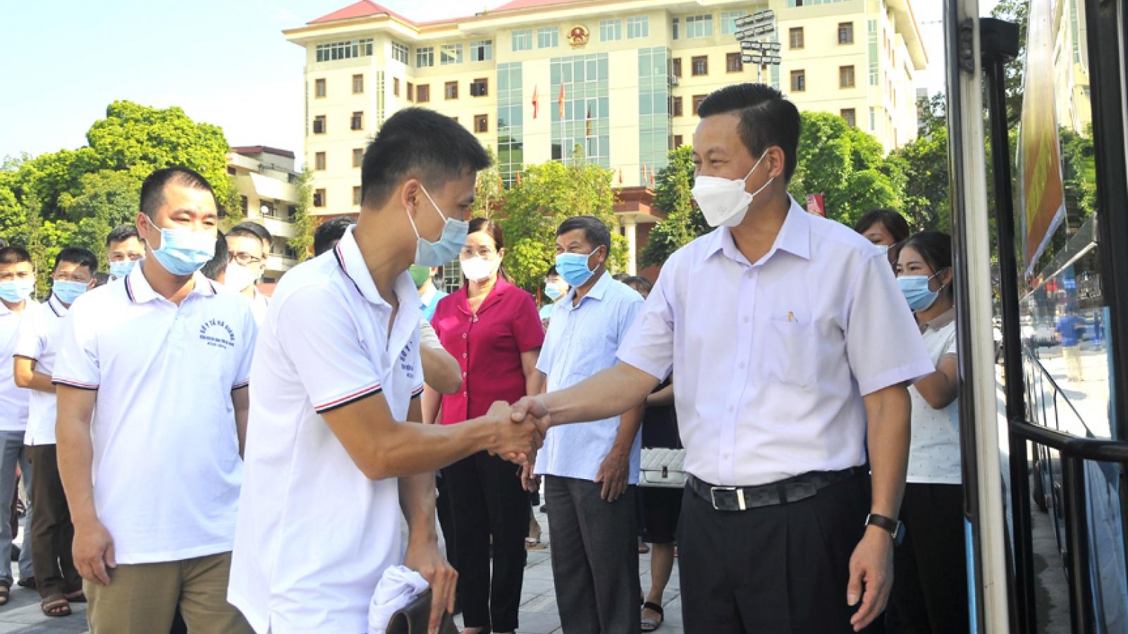 Hà Giang cử đoàn cán bộ y tế vào hỗ trợ TP.HCM chống dịch Covid-19
