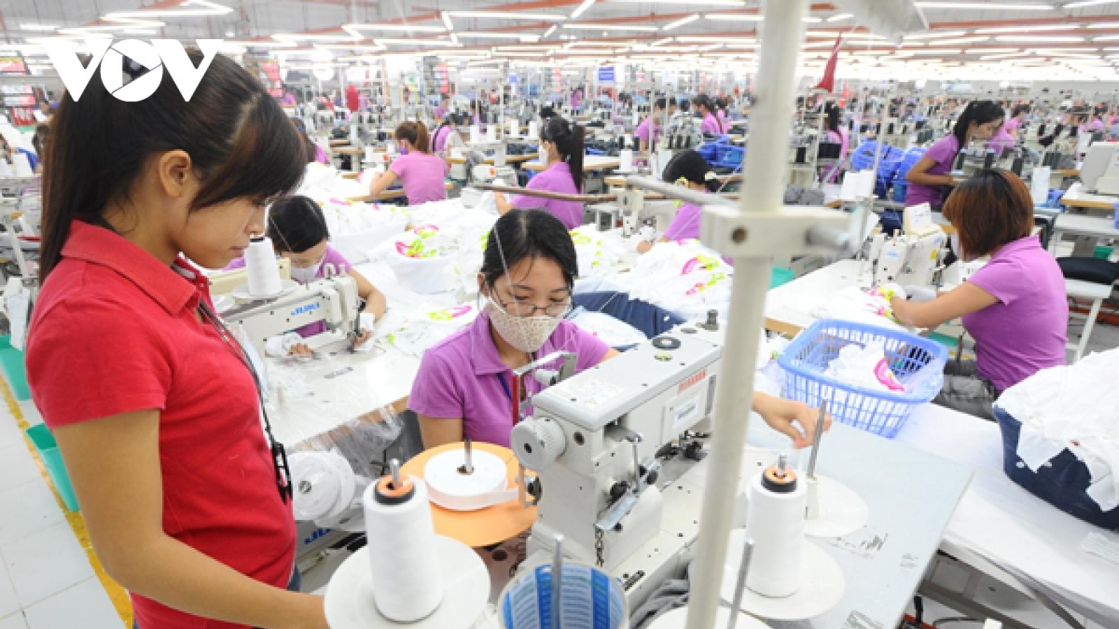 12.000 lượt lao động được trả lương từ gói hỗ trợ 7.500 tỷ đồng