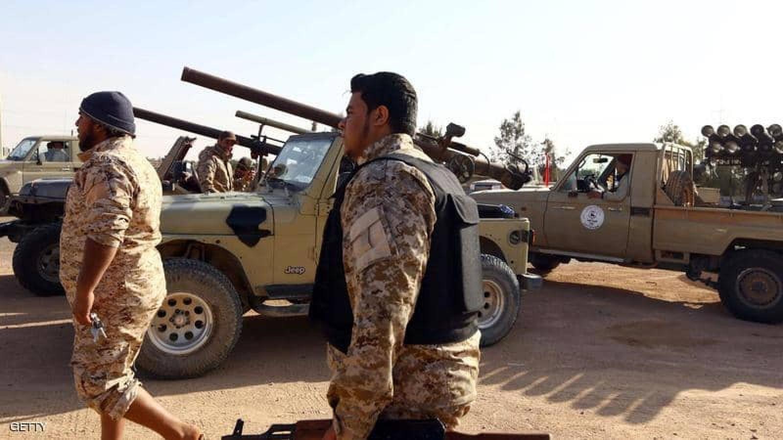 Đụng độ bằng vũ khí hạng nặng leo thangtạiTripoli, Libya