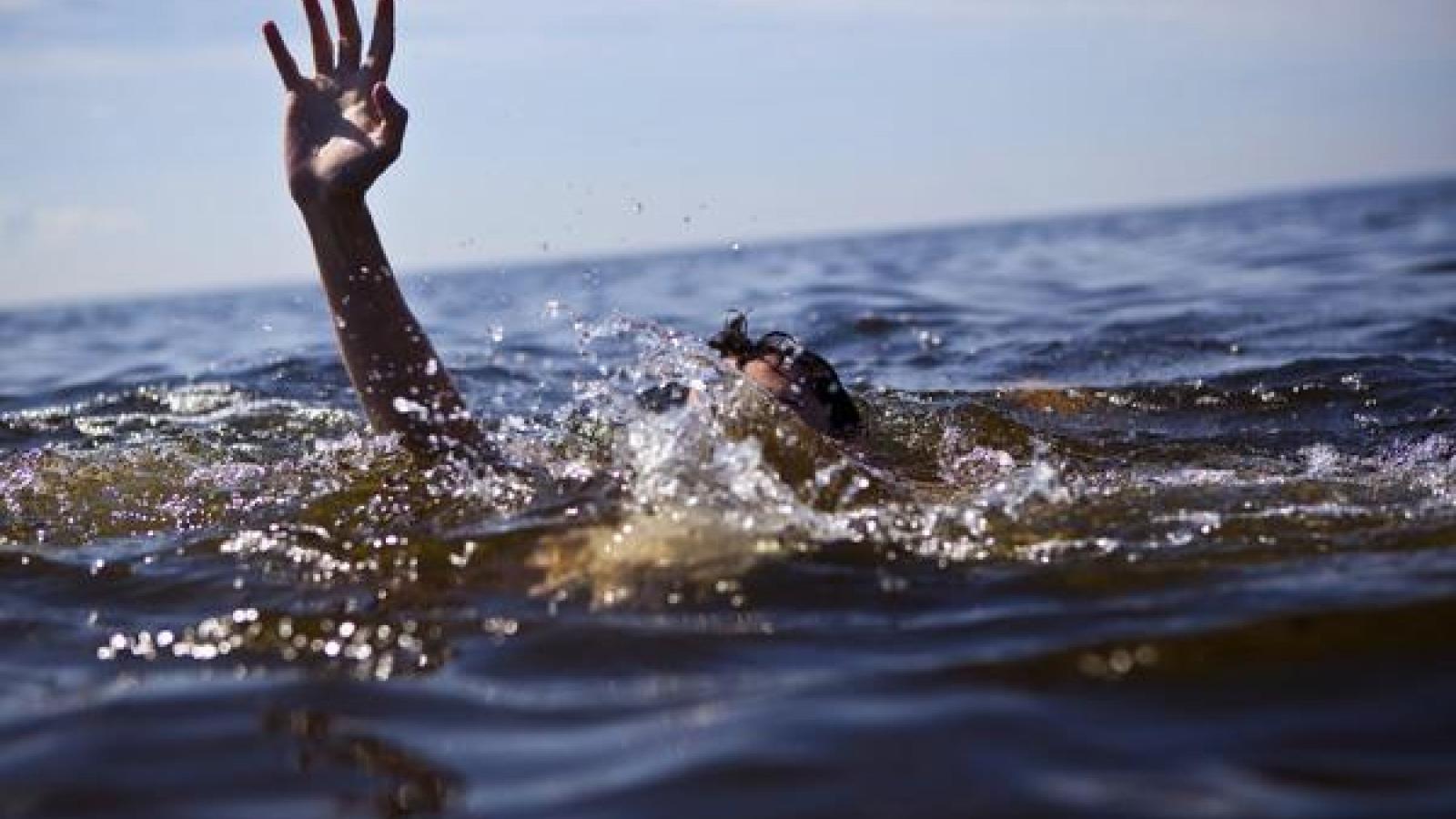 Bất kỳ ai cũng có nguy cơ bị đuối nước nhưng hoàn toàn có thể phòng, chống