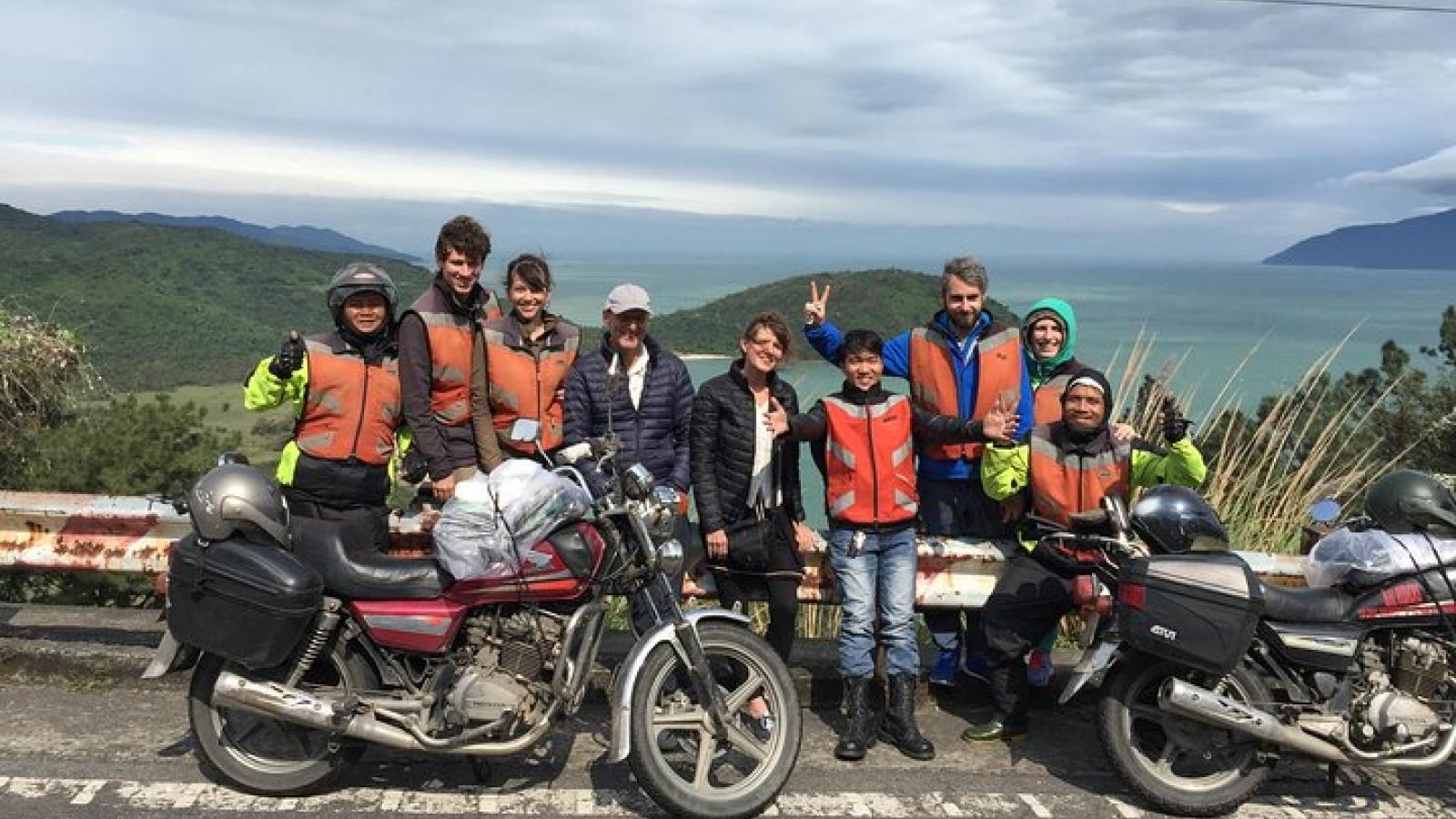2 tour du lịch Việt Nam vào top 25 trải nghiệm hàng đầu thế giới