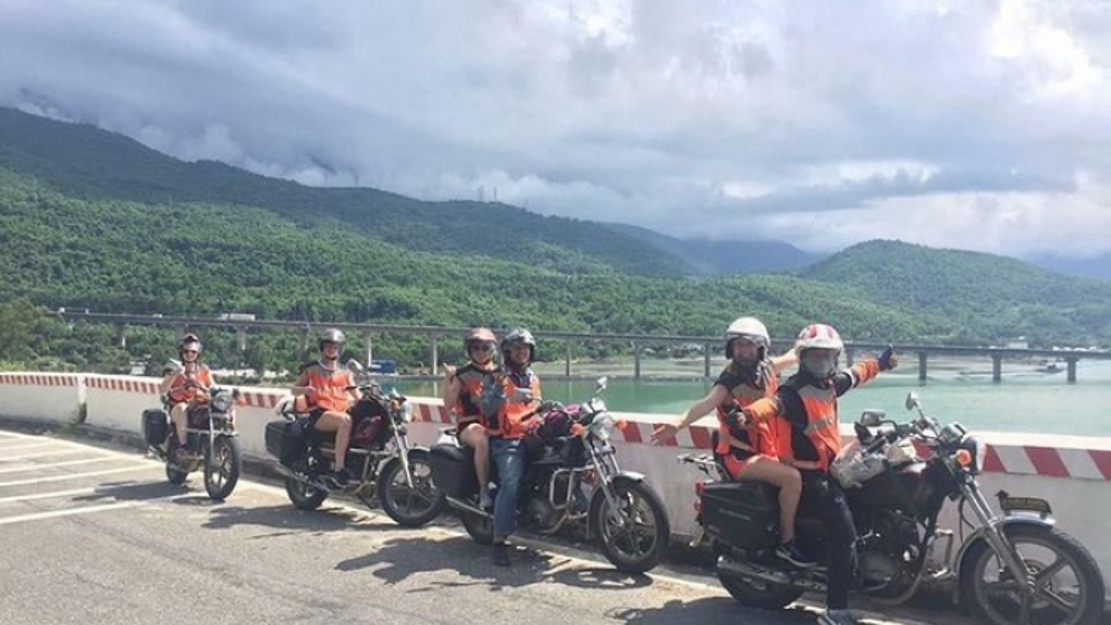 TripAdvisor names two VN travel experiences among world's best
