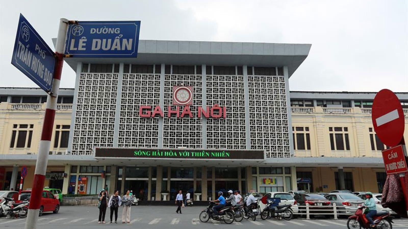 Tạm ngừng bán vé tàu cho hành khách đi và đến ga Hà Nội