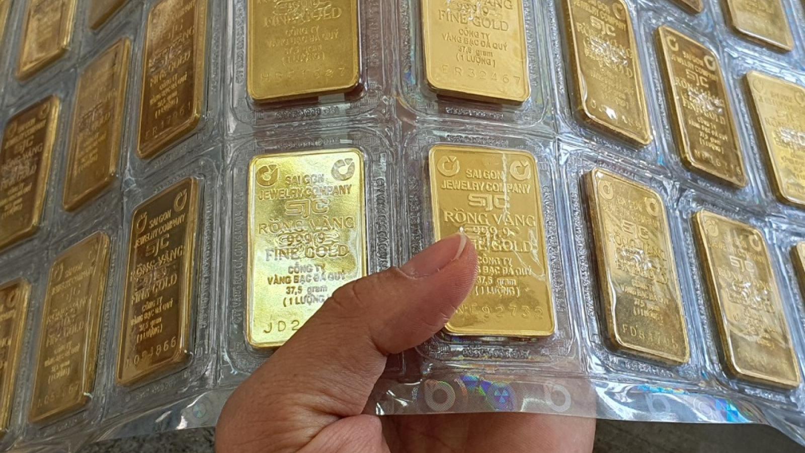 Giá vàng đồng loạt quay đầu giảm