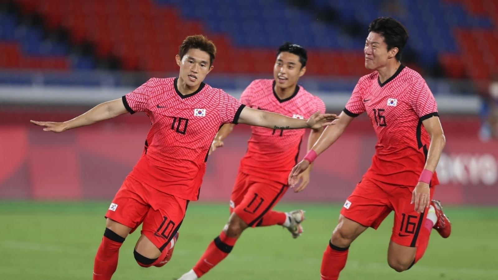 TRỰC TIẾP Hàn Quốc 2-3 Mexico: Lee Dong Gyeong lại ghi siêu phẩm