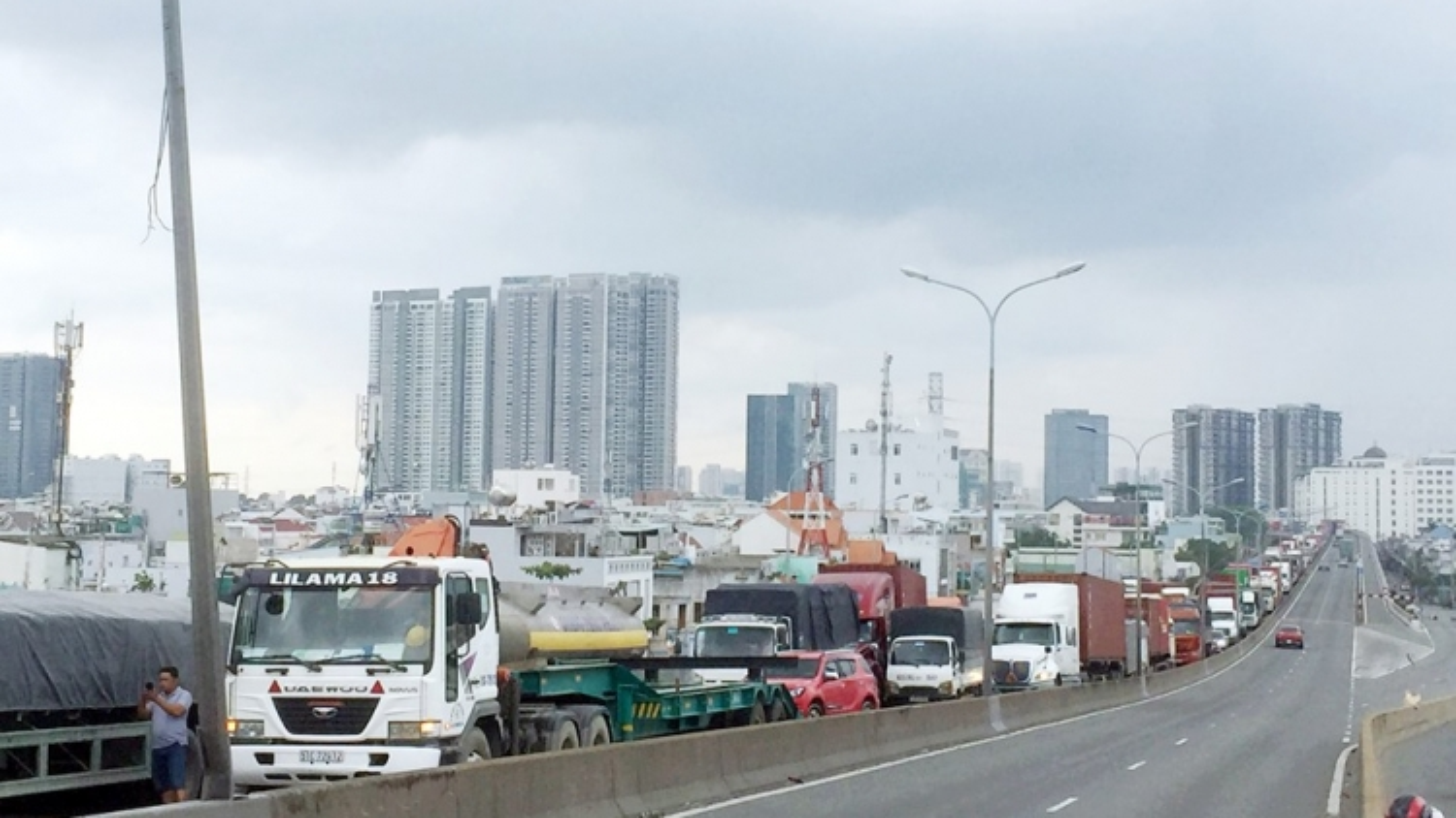 Đảm bảo đủ lái xe vận tải hàng hóa cho khu vực phía Nam, vùng phong tỏa, giãn cách