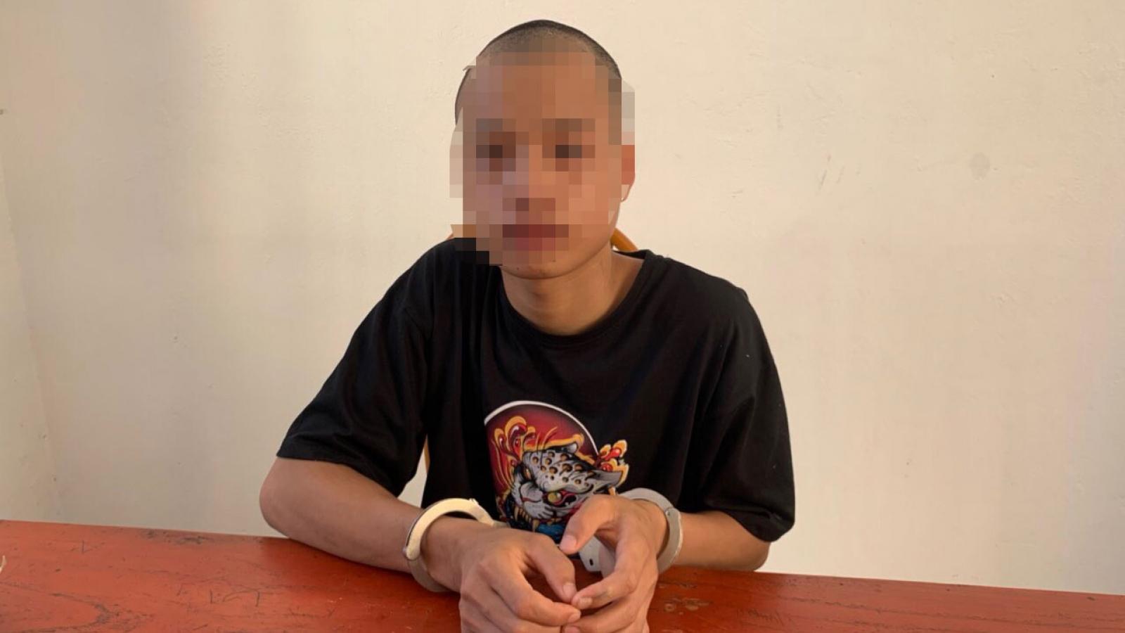 Bắt tạm giam thanh niên 17 tuổi hiếp dâm cháu bé 12 tuổi
