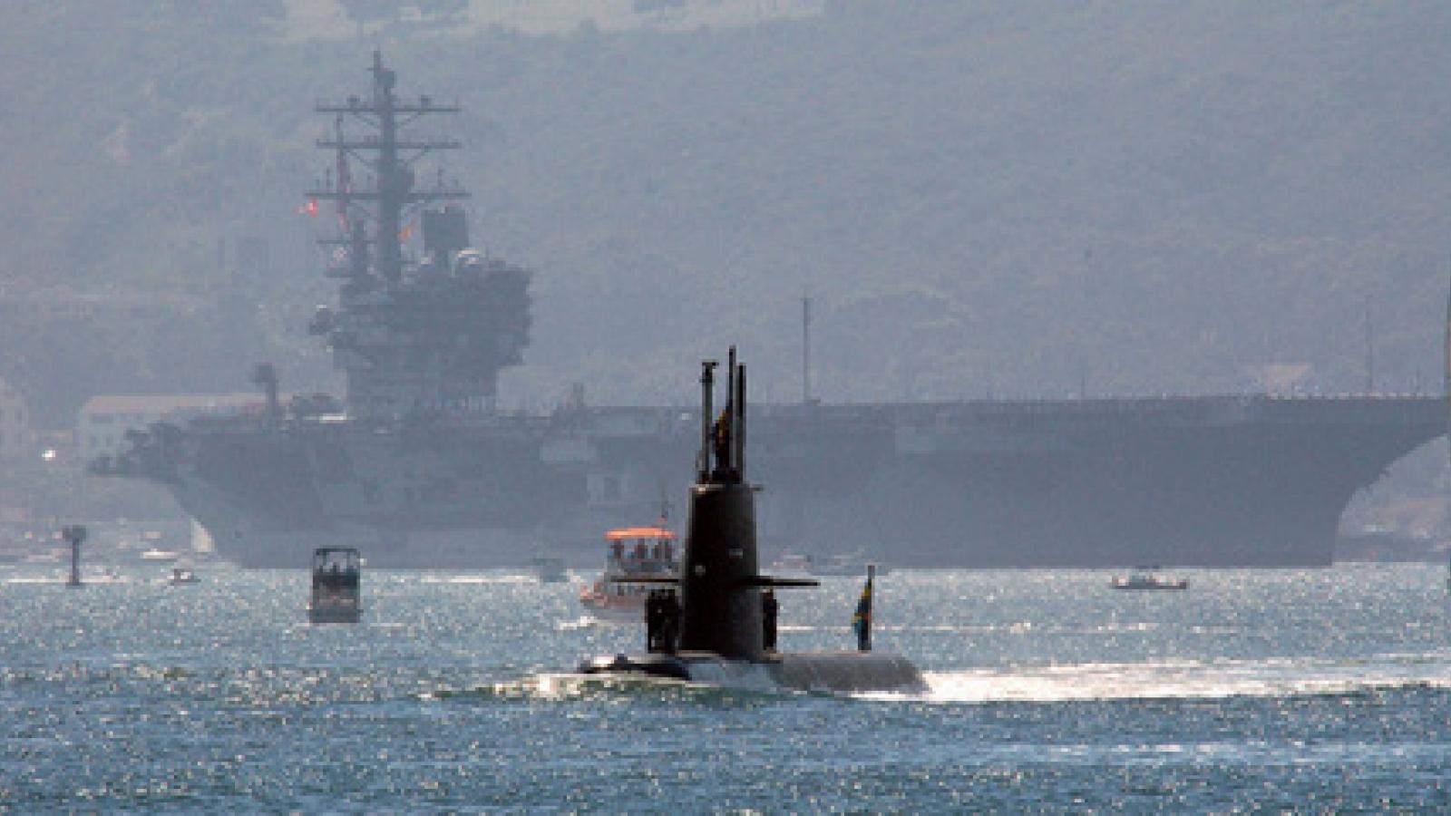 Vì sao tàu sân bay Mỹ USS Ronald Reagan lại bị khuất phục trước tàu ngầm bé nhỏ Gotland?