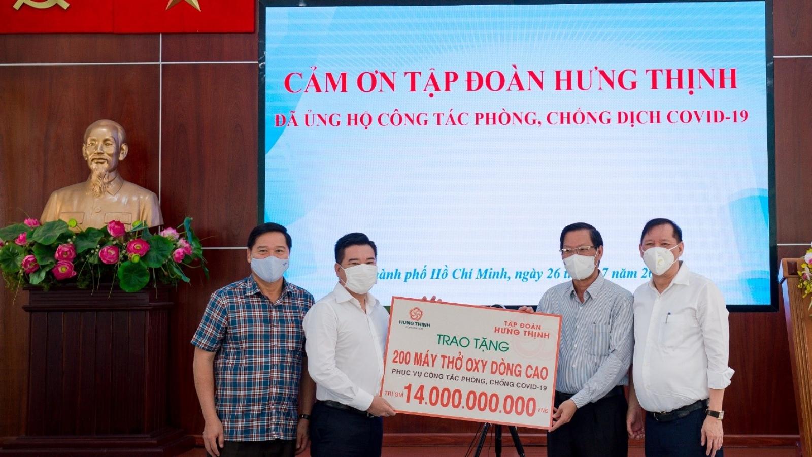 Tập đoàn Hưng Thịnh hỗ trợ hơn 35 tỷ đồng cho TP.HCM phòng chống dịch