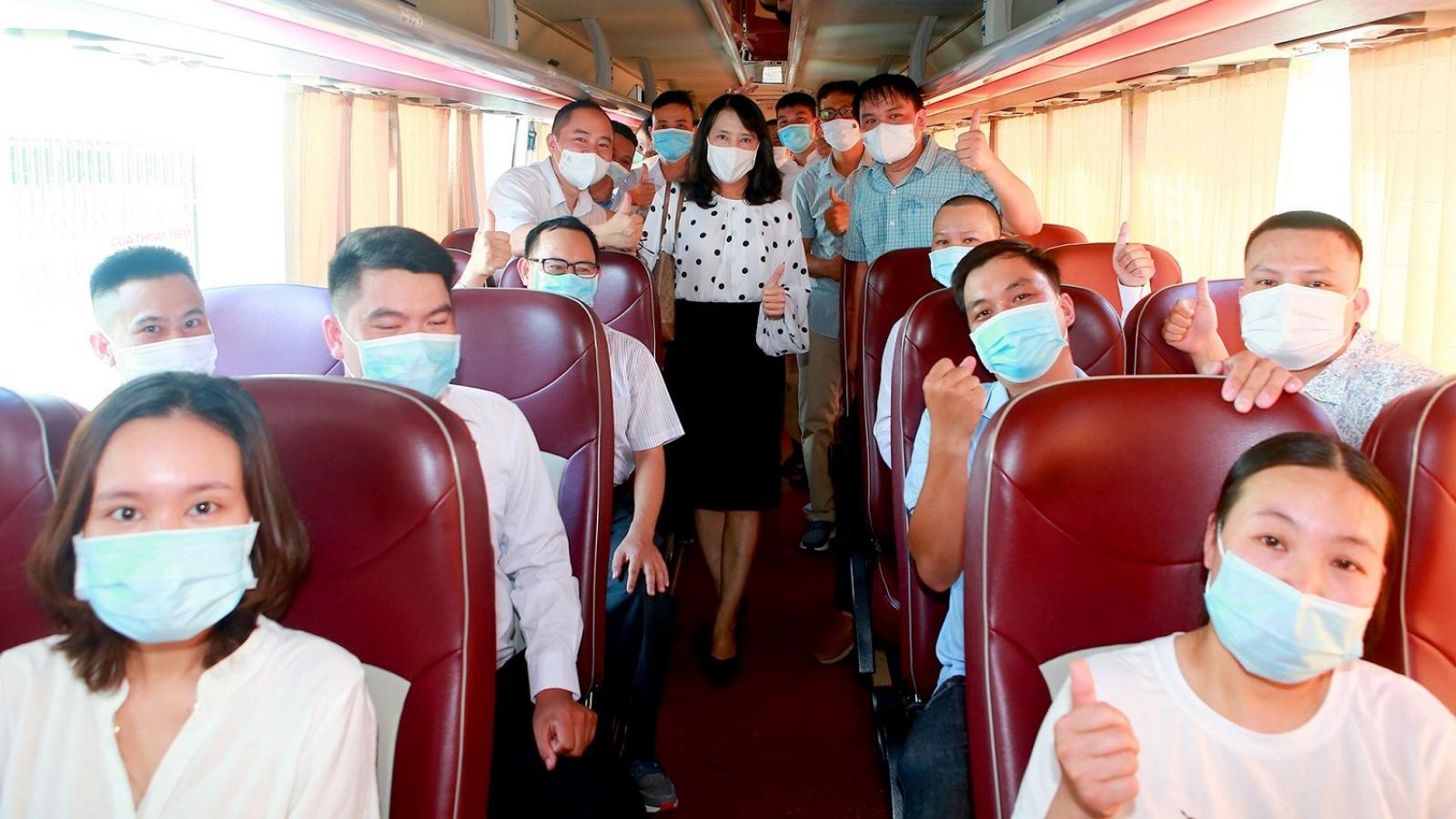 66 y, bác sỹ Thừa Thiên - Huế lên đường hỗ trợ tỉnh Bình Dương chống dịch Covid-19