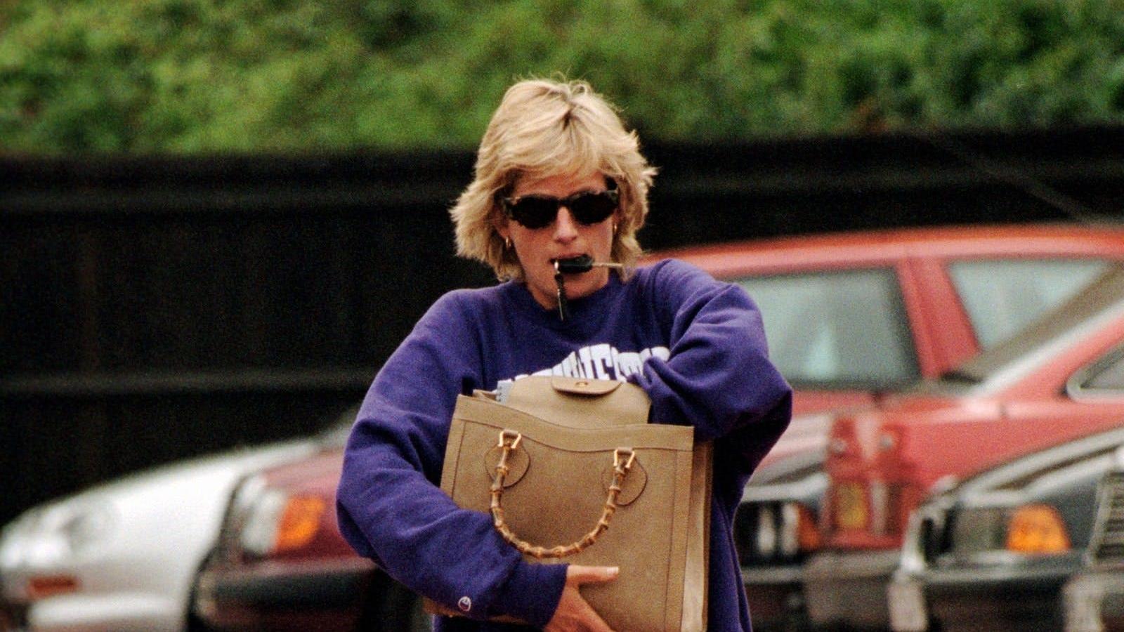 8 chiếc túi xách được đặt tên theo người nổi tiếng, gây bão làng thời trang