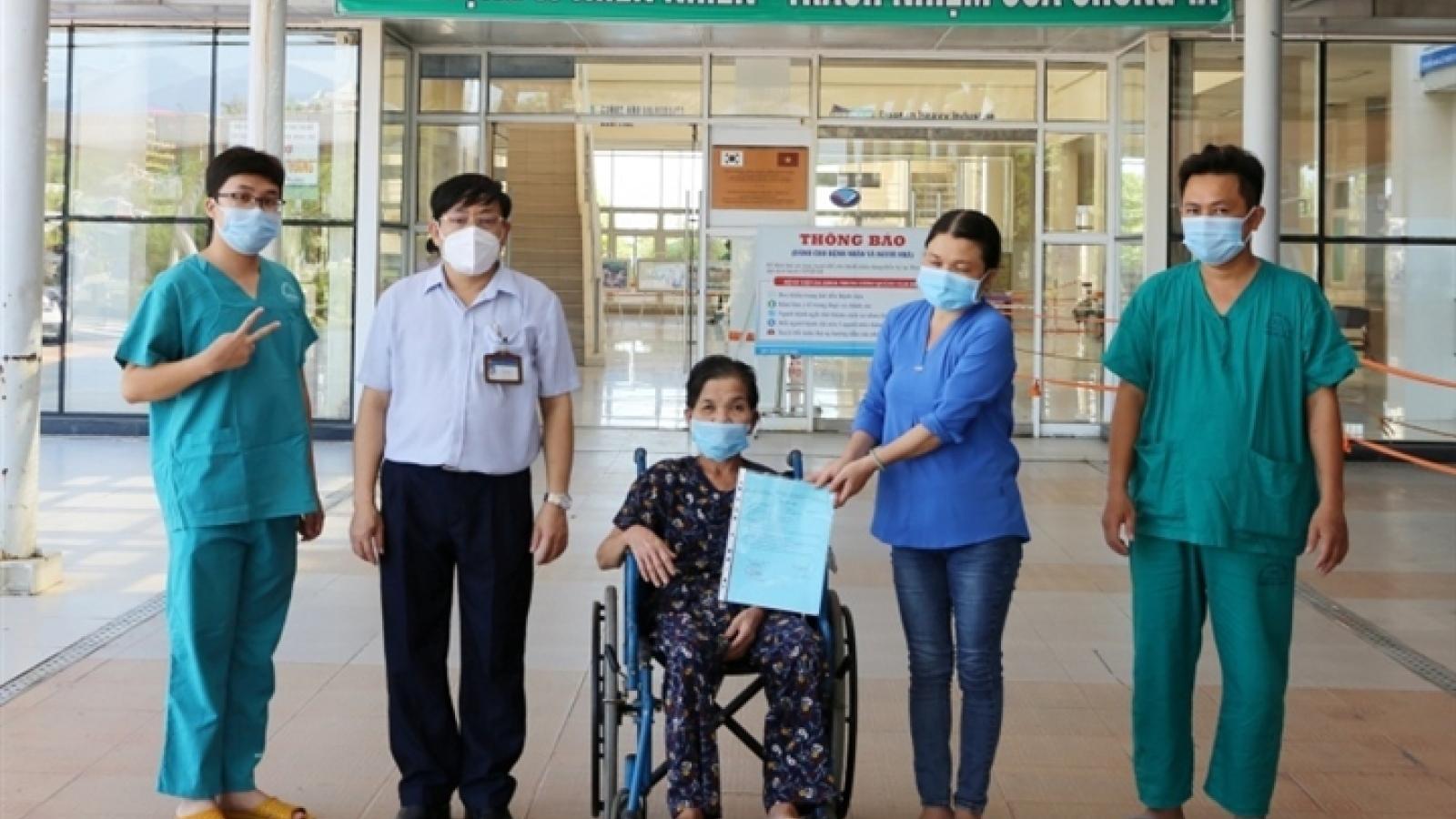 Thêm 2.826 bệnh nhân COVID-19 ở TP.HCM xuất viện