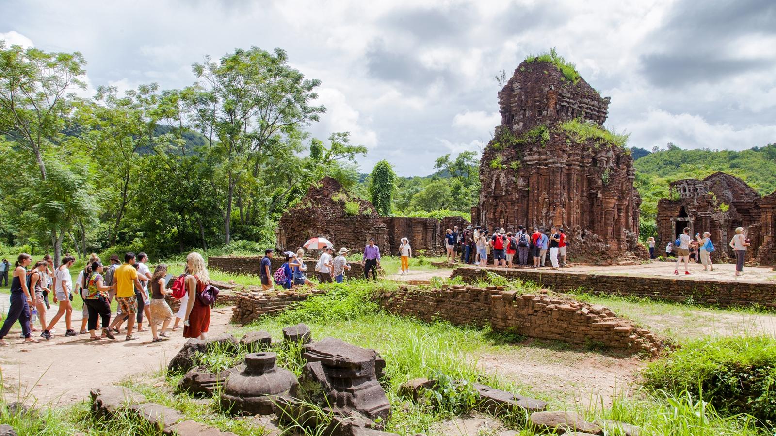 """Hiểu đúng về ghi danh di sản: UNESCO không """"ban phát"""" danh hiệu"""
