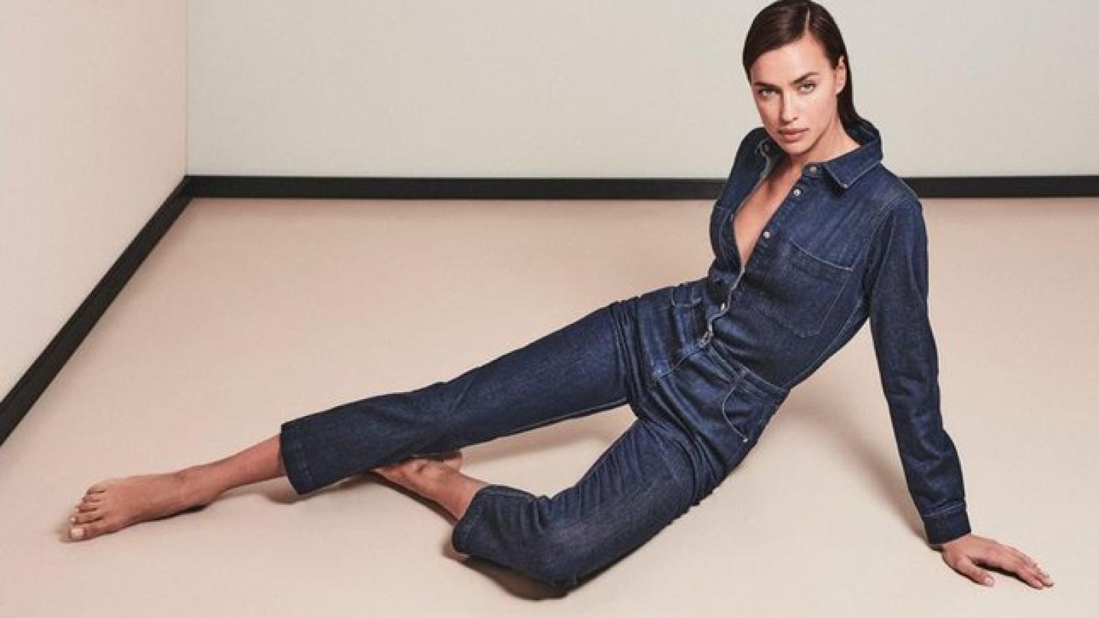 """""""Mẹ đơn thân"""" Irina Shayk đẹp cuốn hút với trang phục denim trong bộ ảnh mới"""