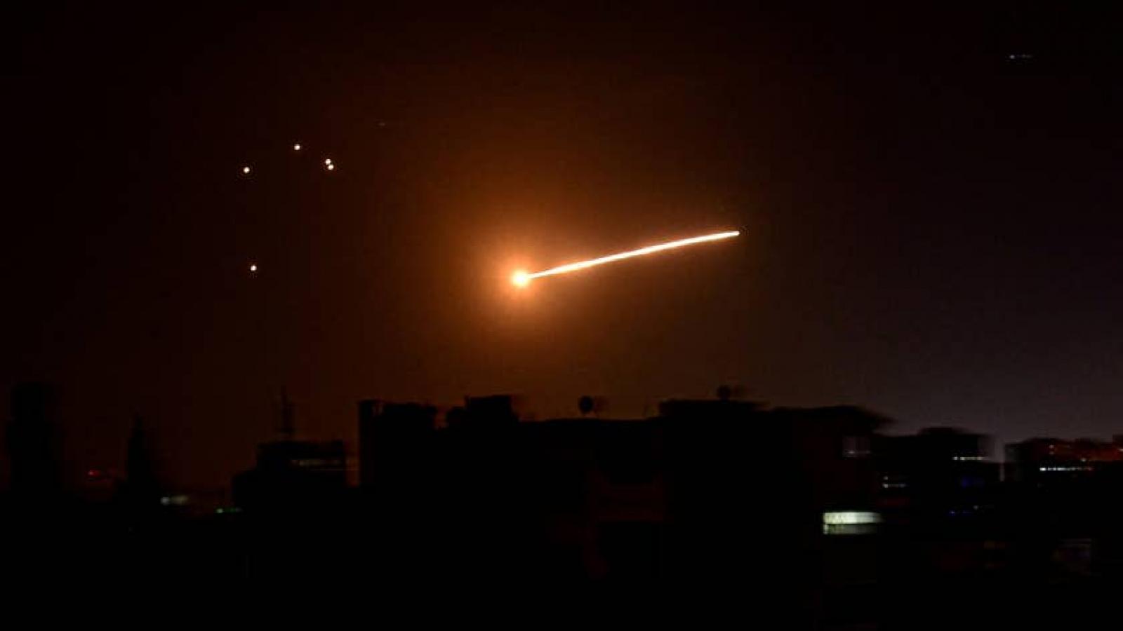 Israel lần đầu không kích Syria dưới thời Thủ tướng Naftali Bennett