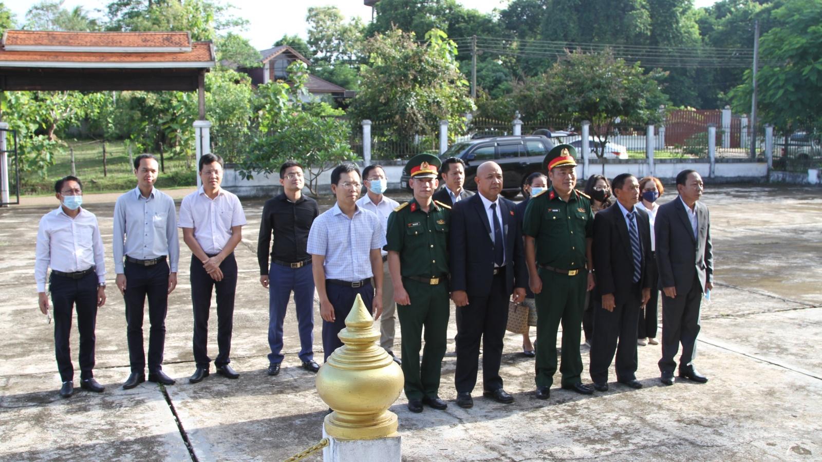 Kỷ niệm Ngày Thương binh - Liệt sỹ tại Lào