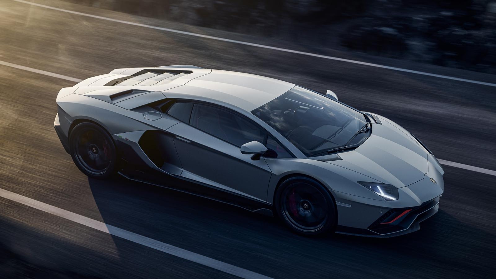 Lamborghini sẽ không tiếp tục phát triển động cơ V12 hút khí tự nhiên
