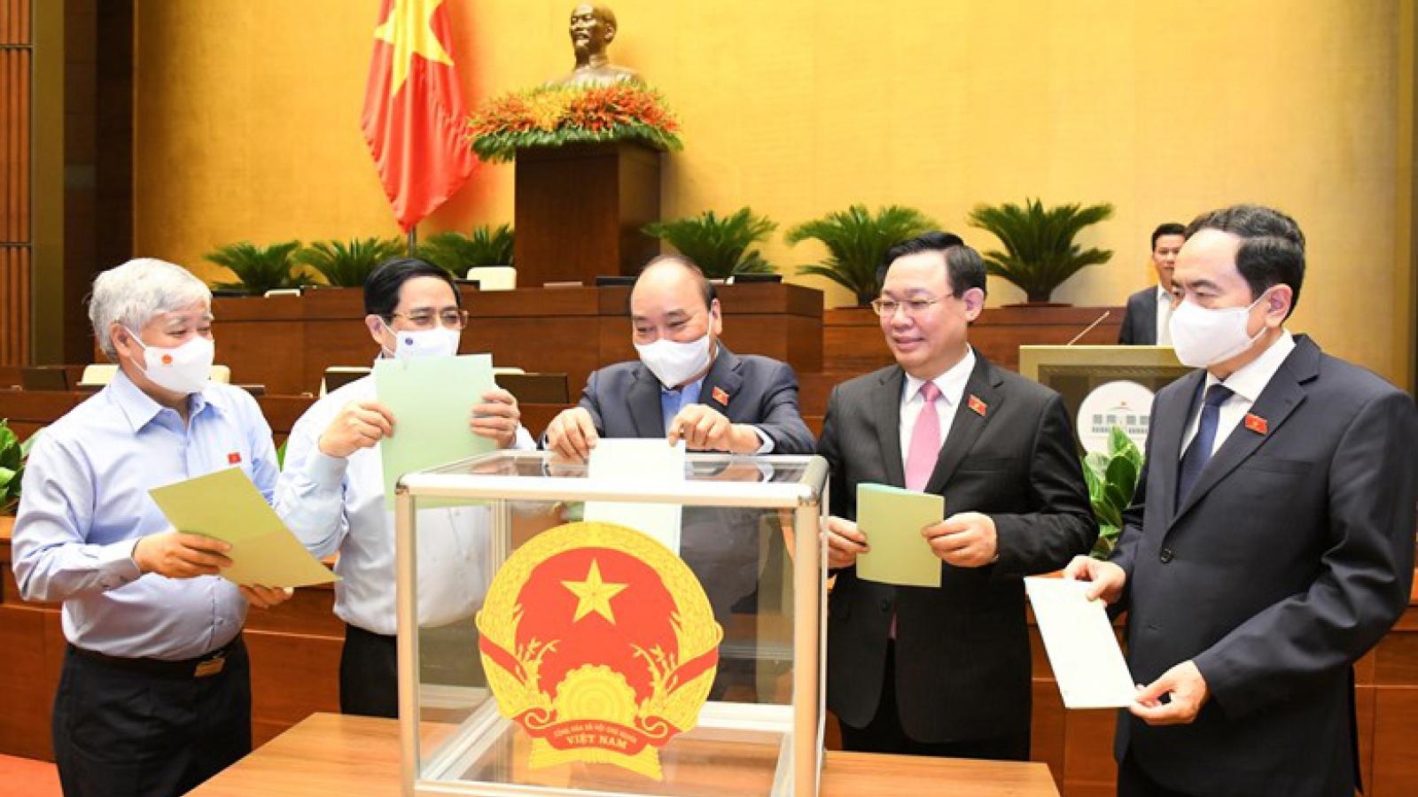 Hôm nay, Chủ tịch nước, Thủ tướng và Chánh án TAND tối cao tuyên thệ nhậm chức