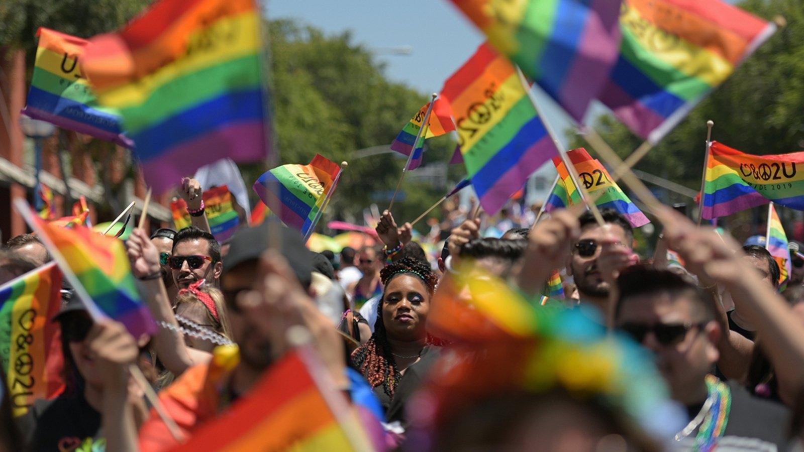 """Cộng đồng LGBT ởColombiadiễu hành kỷ niệm """"Niềm tự hào"""""""