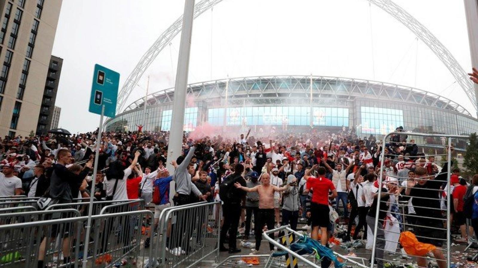 Sân Wembley vẫn được đăng cai chung kết Champions League sau sự cố ở EURO 2021