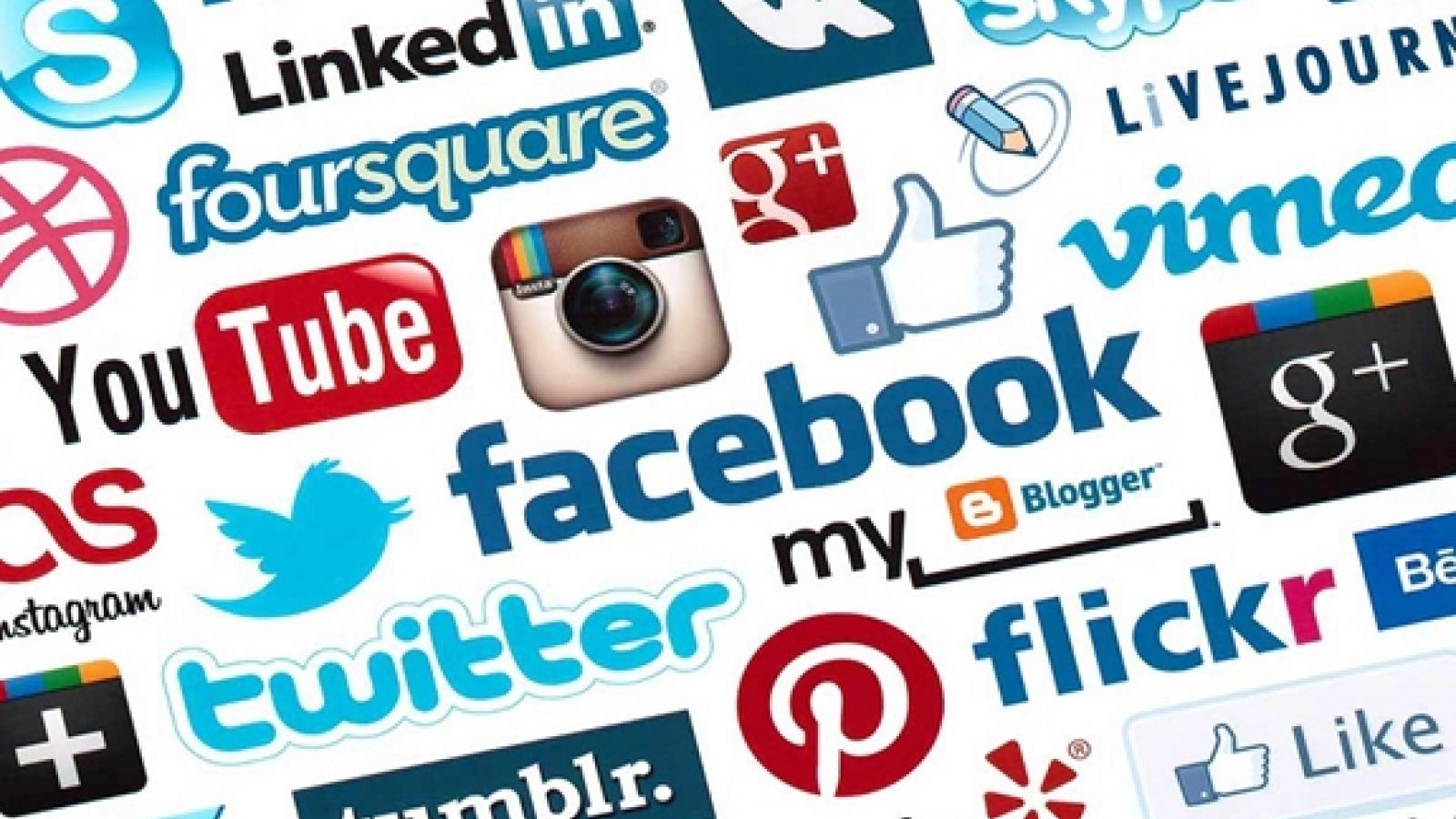 Chính quyền Mỹ chỉ trích các mạng xã hội đăng tải thông tin sai lệch về Covid-19