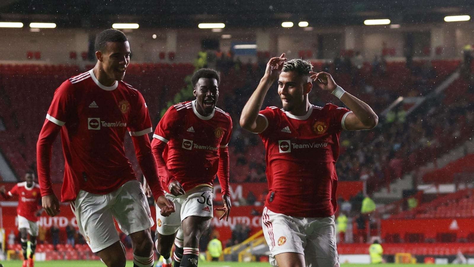 """Pereira lập """"siêu phẩm"""", MU vẫn bị Brentford cầm hòa trên sân Old Trafford"""