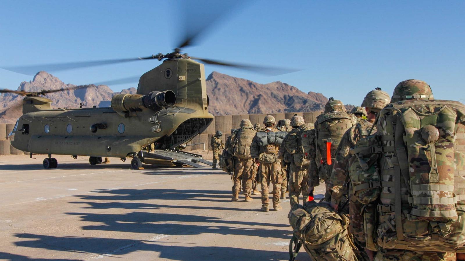 """Cuộc đua """"lấp chỗ trống"""" ở Afghanistan sau khi Mỹ rút quân"""