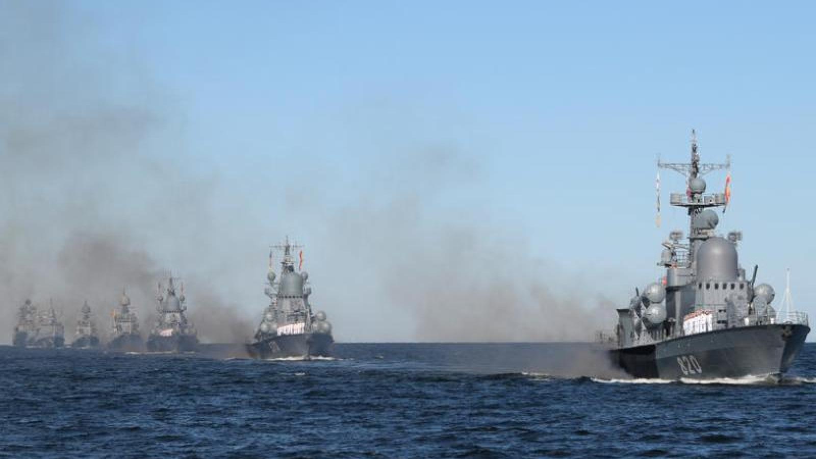 Nga tập trận bắn đạn thật cùng lúc Ukraine và NATO tập trận ở Biển Đen