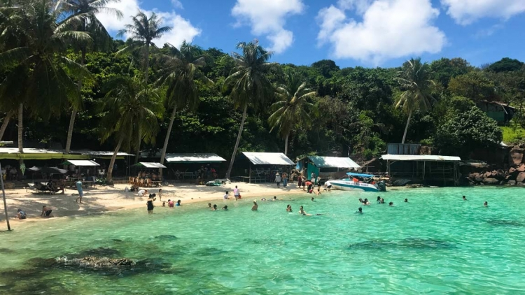 Phu Quoc to welcome 40,000 foreign tourists under pilot scheme