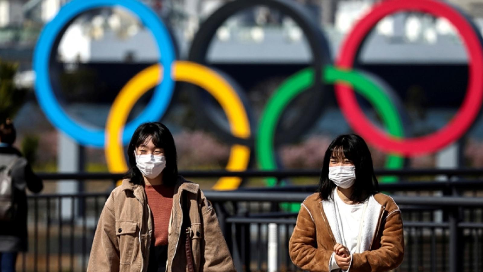 Số ca mắc Covid-19 liên tục lập kỷ lục, Nhật Bản kéo dài tình trạng khẩn cấp