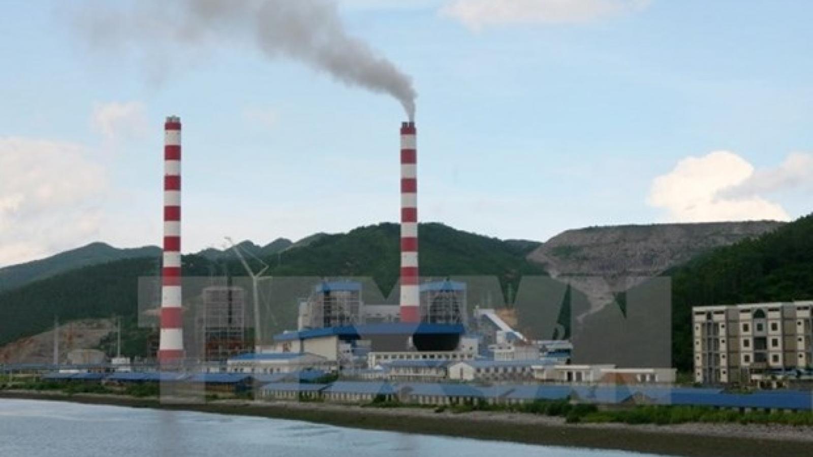 Phát triển nhiệt điện than: Đang vay mượn và chuyển rủi ro cho tương lai