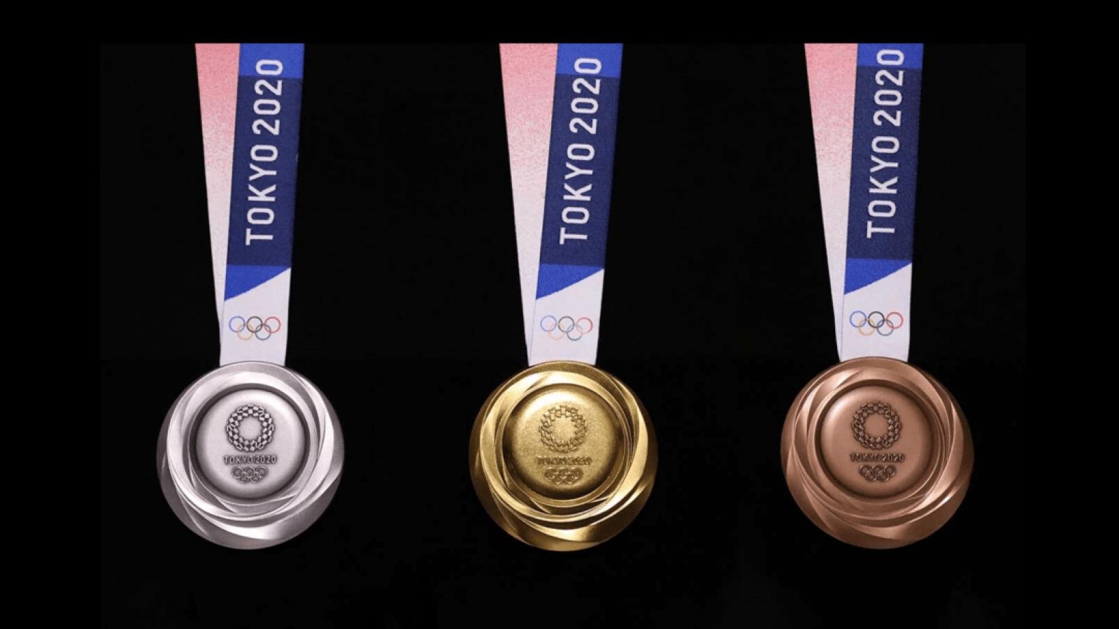 11 bộ huy chương được trao trong ngày thi đấu chính thức đầu tiên của Olympic Tokyo
