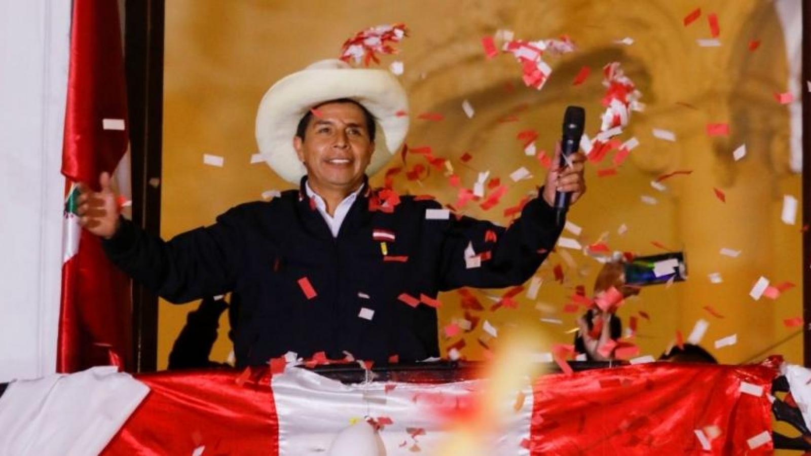 Chủ tịch nước gửi điện mừng Tổng thống đắc cử Peru