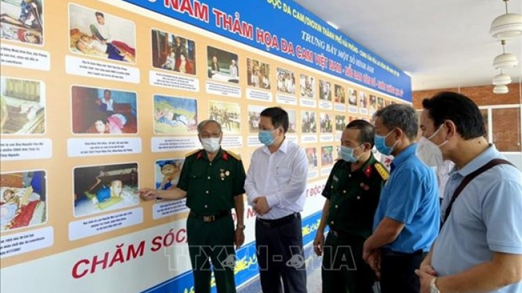 Photo exhibition sheds light on AO/dioxin disaster in Vietnam
