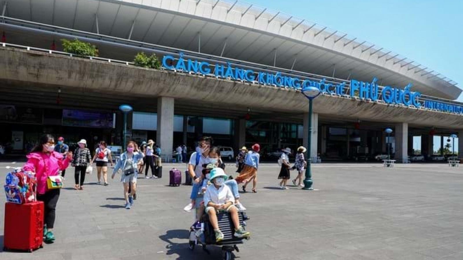 Kiên Giang đề nghị tạm dừng bay từ TP.HCM đến Phú Quốc và ngược lại