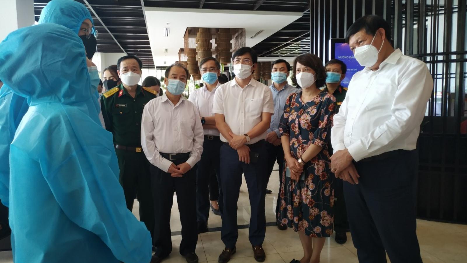 Bộ Y tế làm việc vớiQuảng Ninh về phương án cách ly y tế 7 ngày với người nhập cảnh